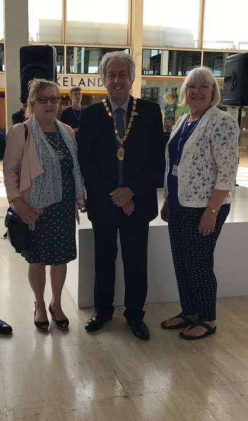 Mayor of MK and Jan Flawn